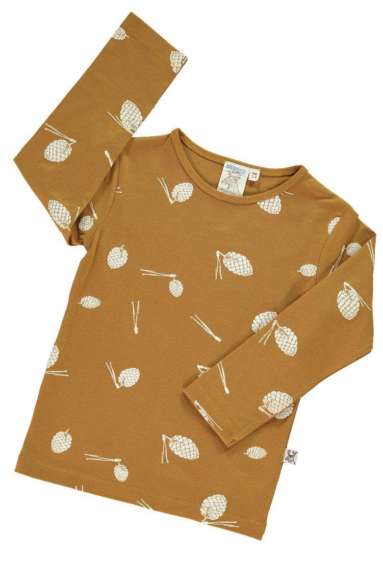 Camiseta infantil de algodón orgánico color mostaza doblada