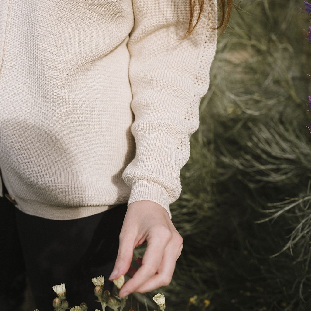 Detalle de manga chaqueta de lana