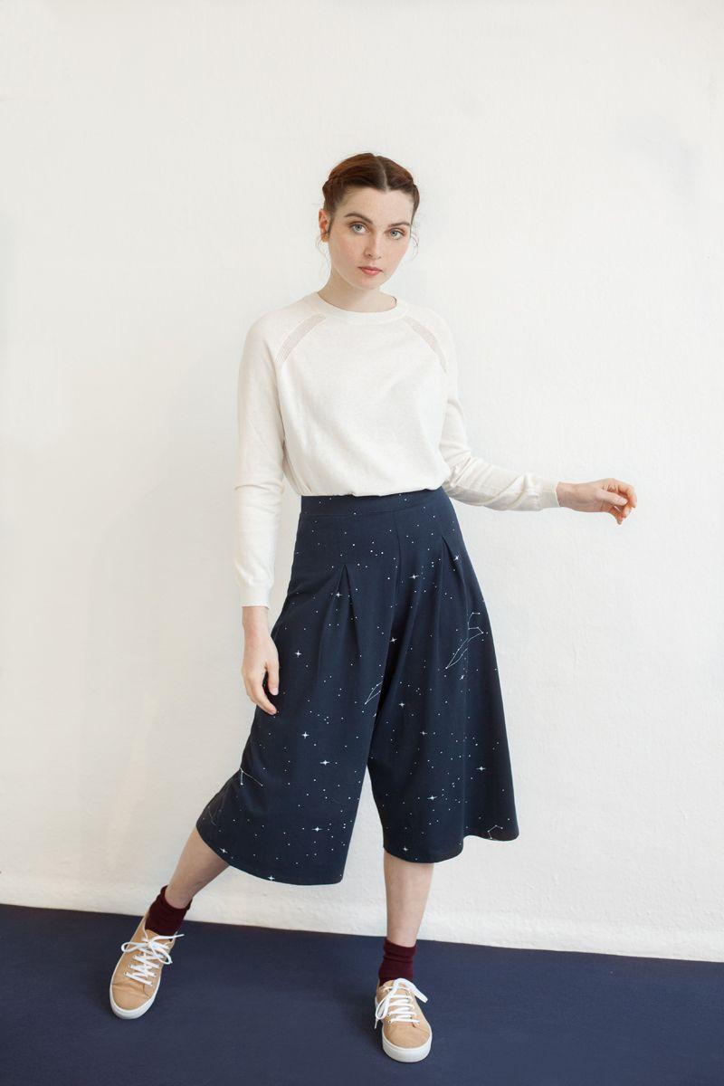 Pantalón culotte color azul marino