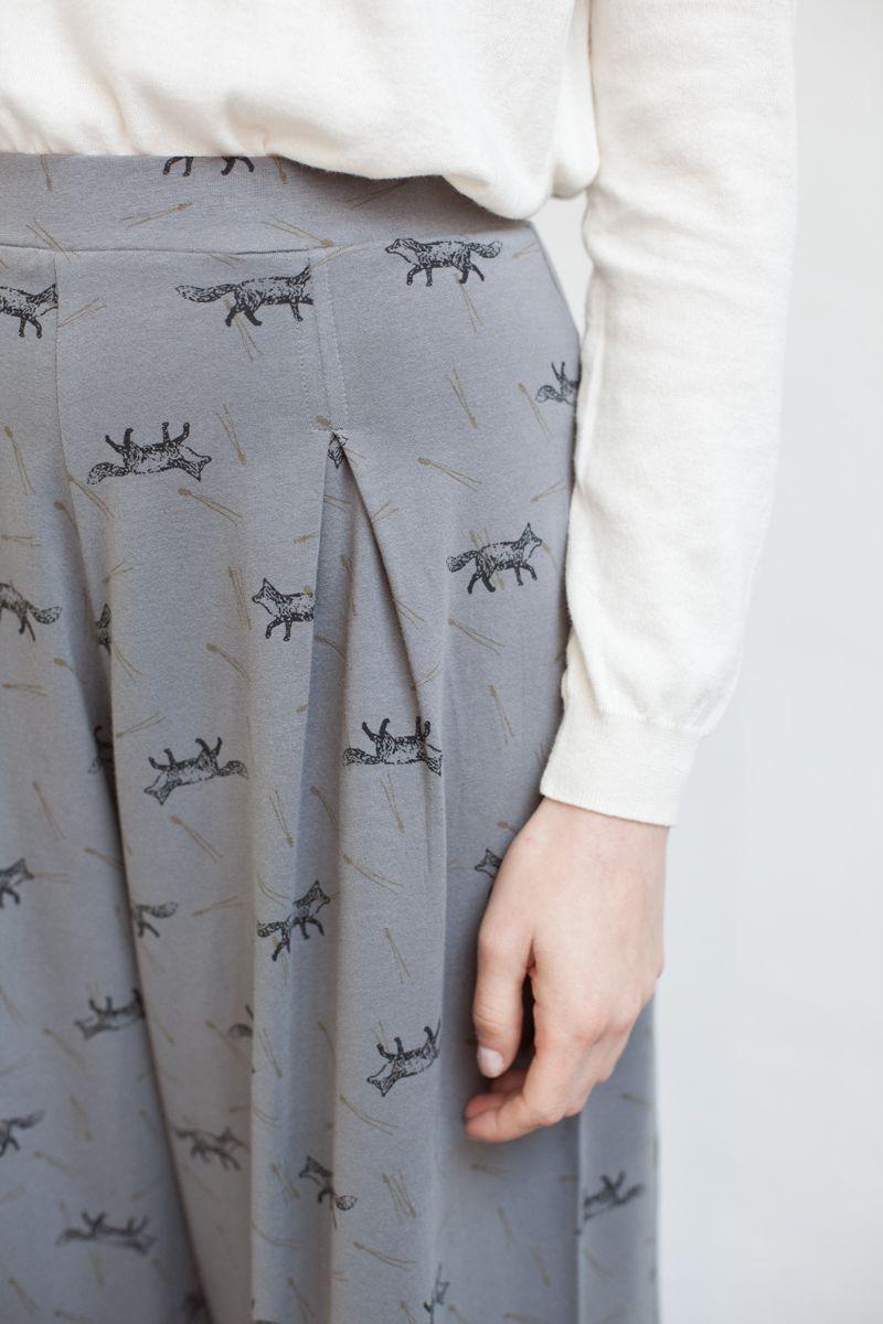 Pantalón con estampado de zorros
