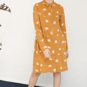 Vestido abotonado en color mostaza