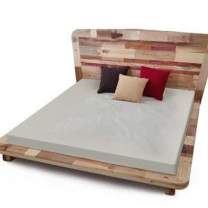 Cama tatami con cabecero de cama de madera