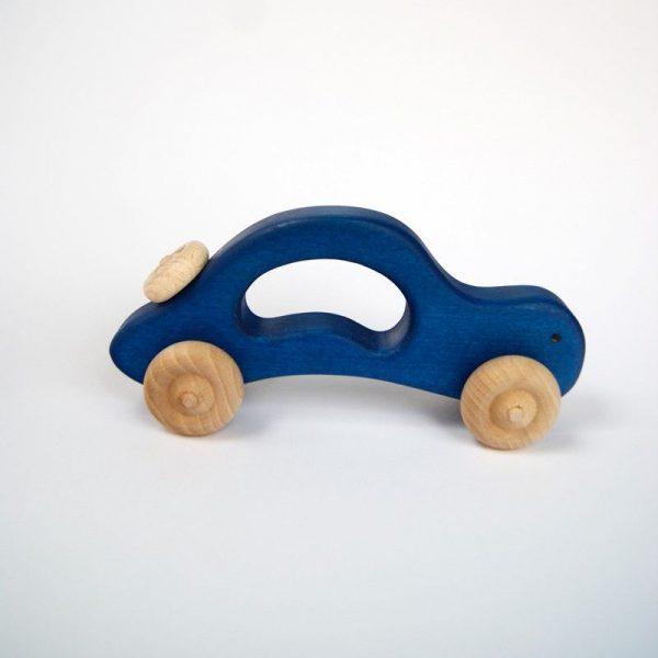 Coche de madera azul vista lateral