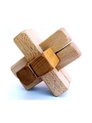 Juego de ingenio de madera