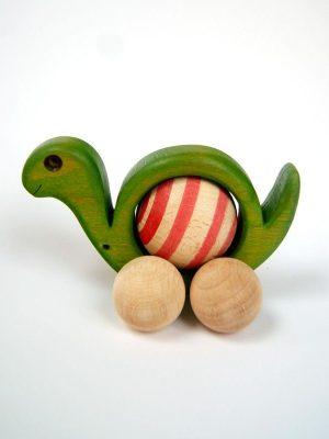Juguete artesanal de madera con forma de caracol