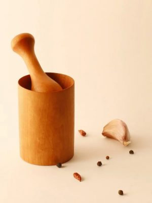 Mortero de madera para especias