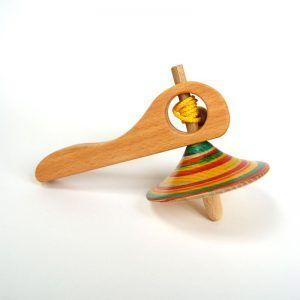 Peonza de madera con lanzador