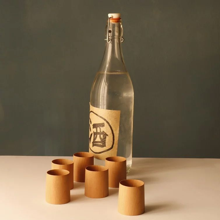 Vasos de trago corto de madera de cerezo