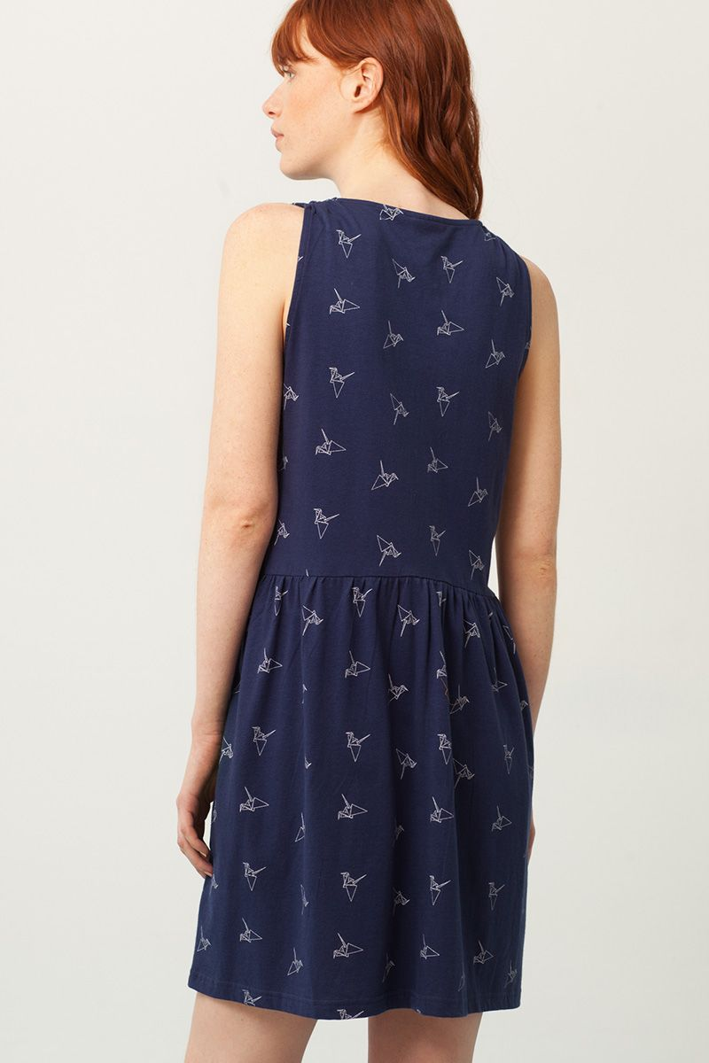 Espalda vestido escote V azul estampado origami