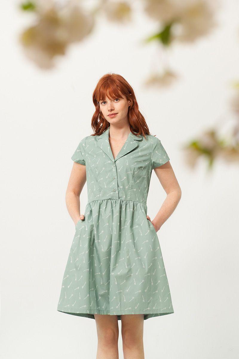 84f633789 Vestido cuello camisero verde estampado bambú. Moda Sostenible - Fieito