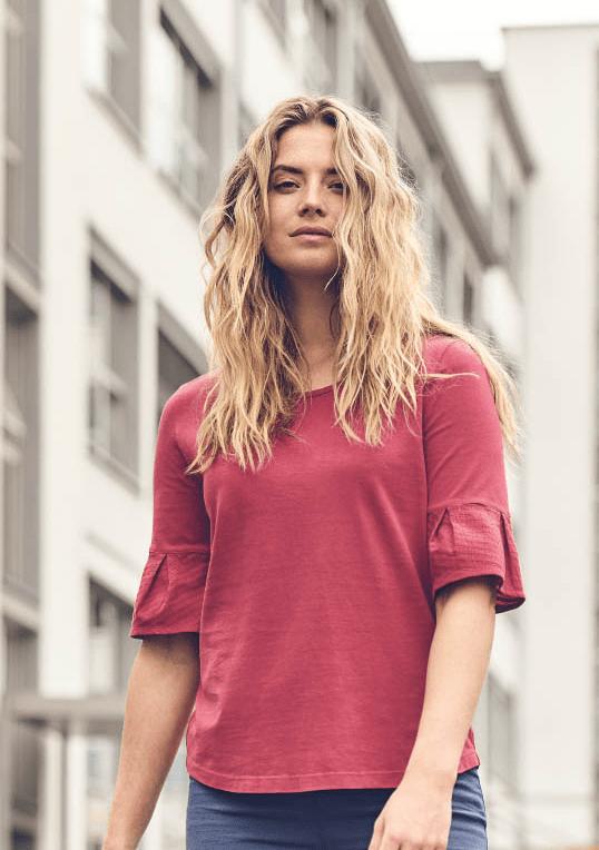 Camiseta media manga mujer con campana