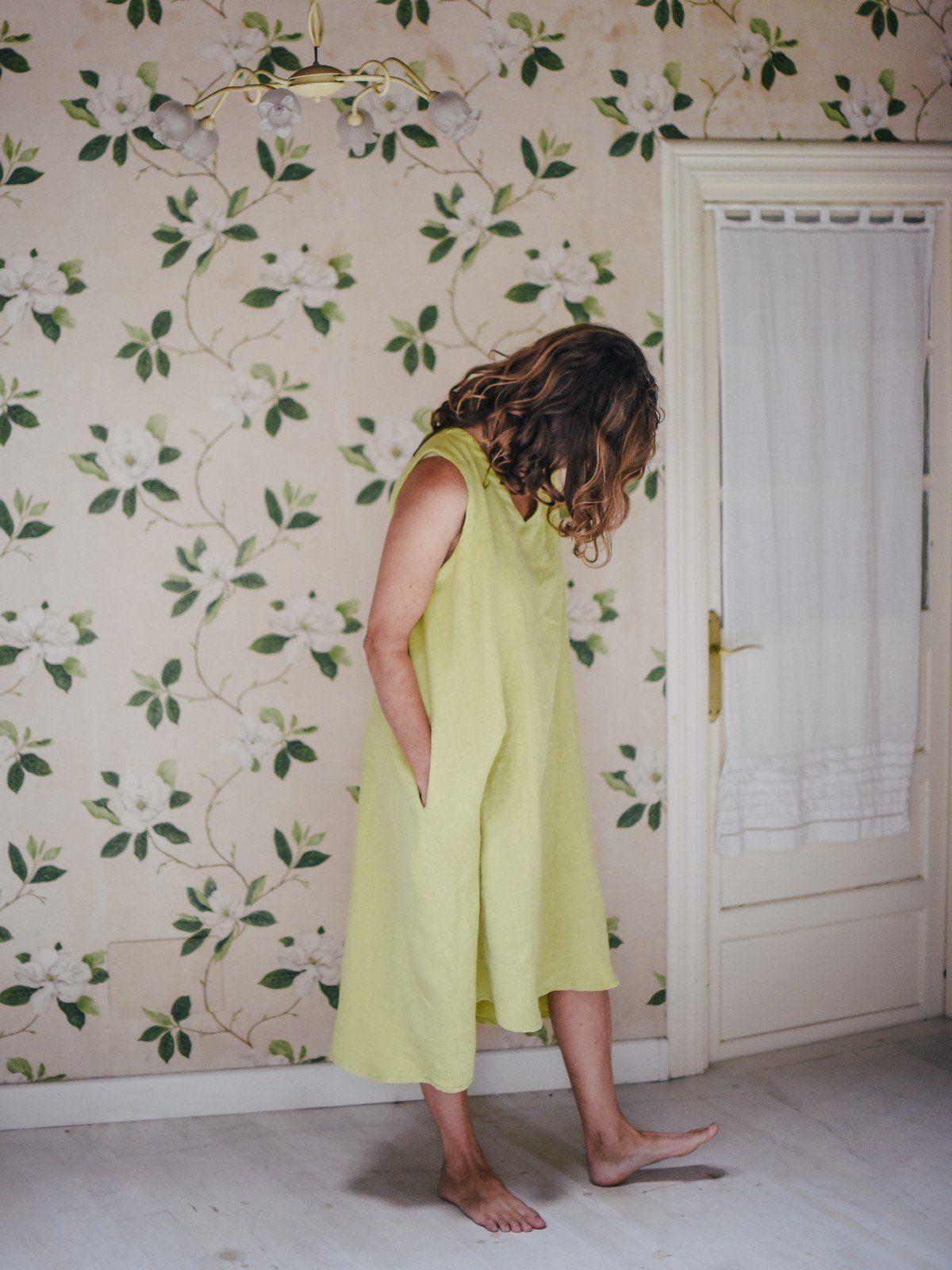 Vestido de lino largo sin mangas color aguacate