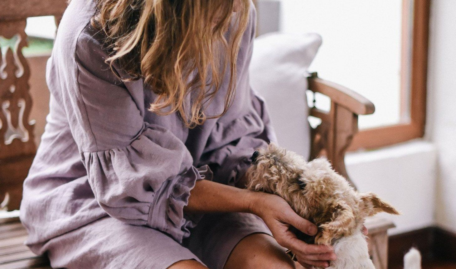 Vestido de lino lavado color lavanda