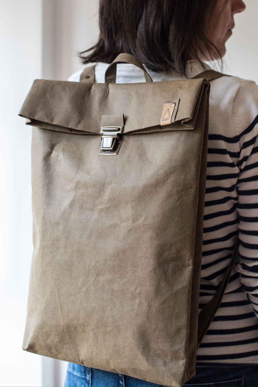 Mochila papel backpack grande proporciones modelo