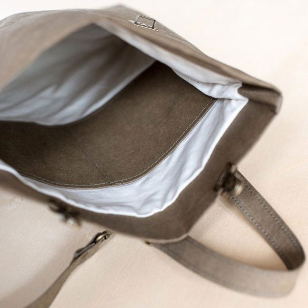 Mochila papel backpack pequeña interior