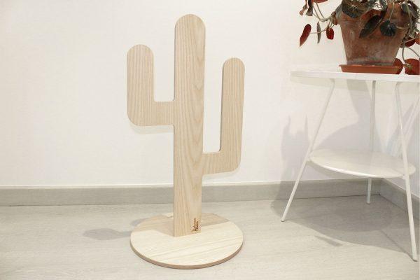 Rascador para gatos con forma de cactus