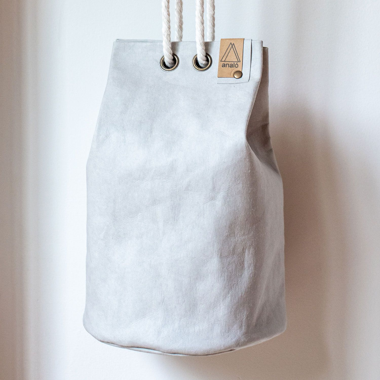 Bolso saco pequeño color gris