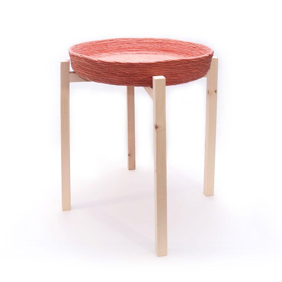 Mesa auxiliar sostenible color rosa