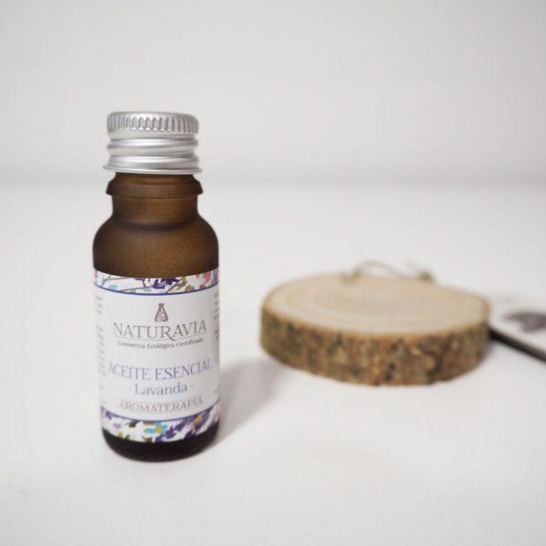Ambientador natural con aceite esencial de lavanda