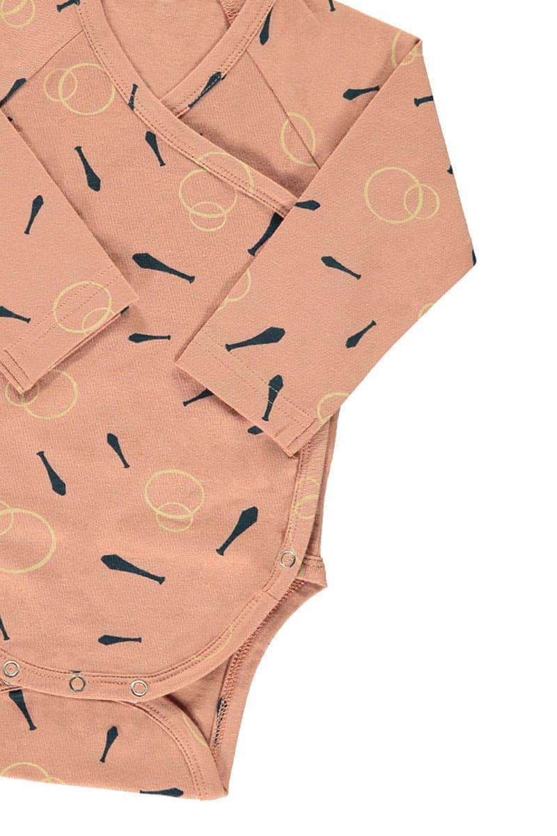 Detalle body kimono rosa estampado malabares