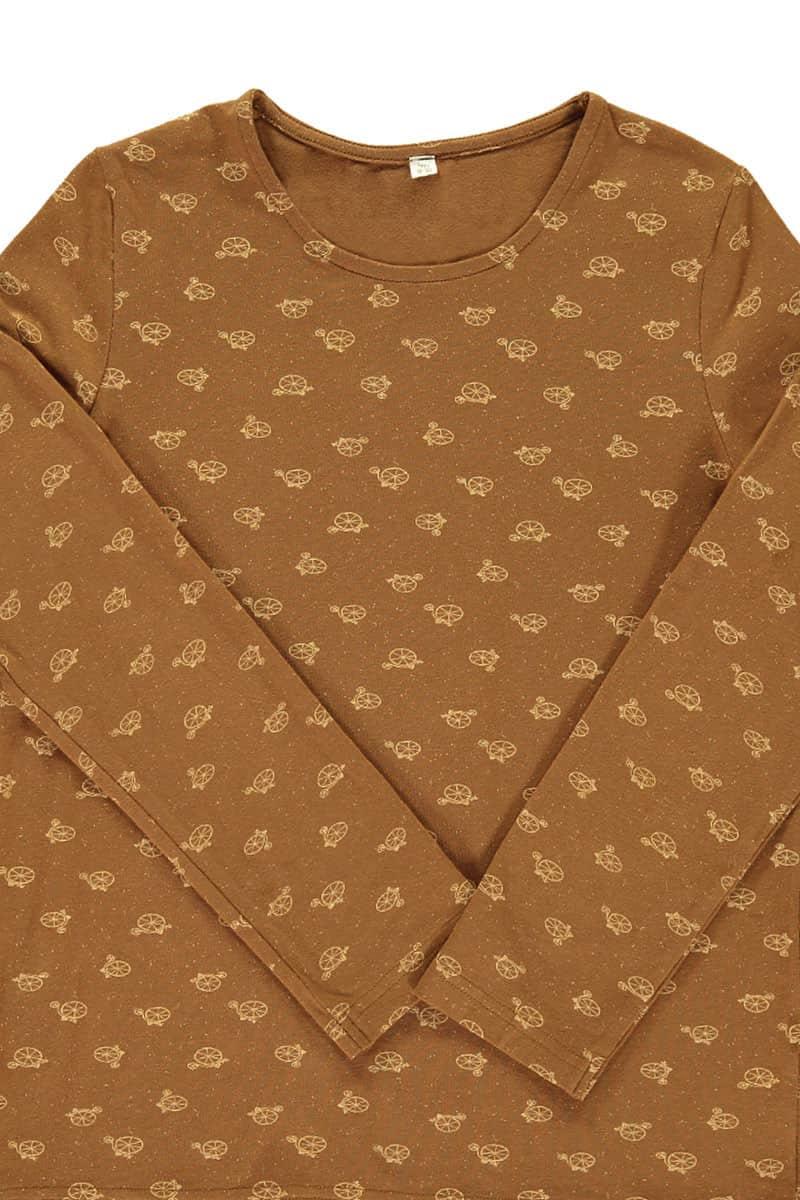 Detalle estampado bicicletas camiseta infantil algodón orgánico