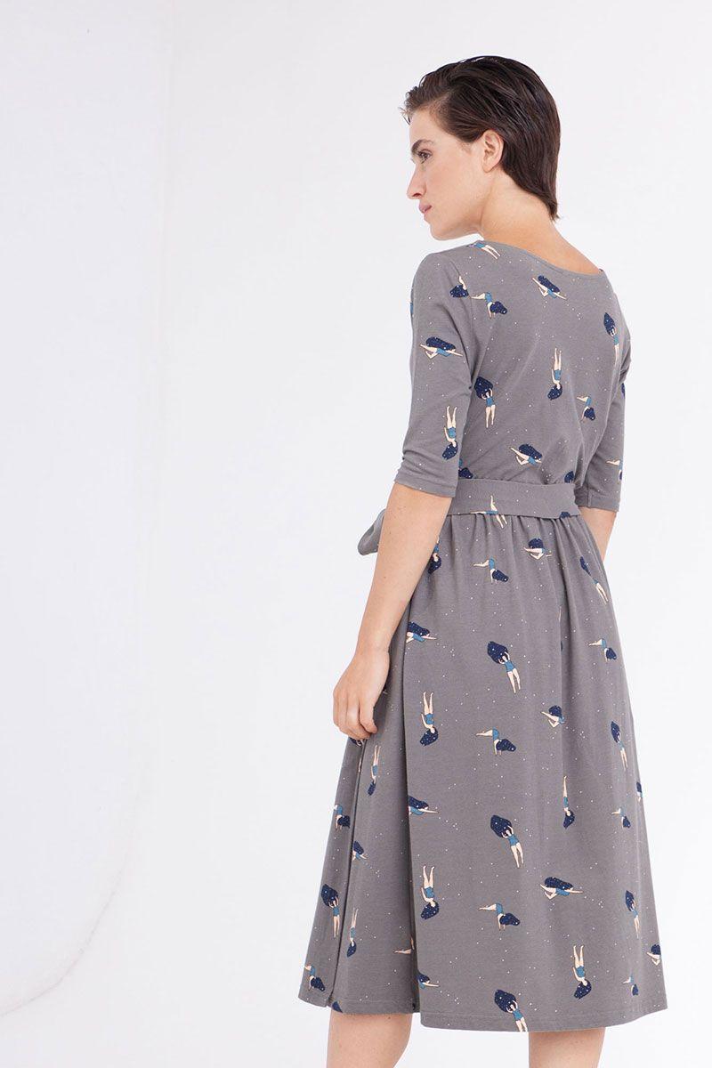 Espalda vestido cruzado gris