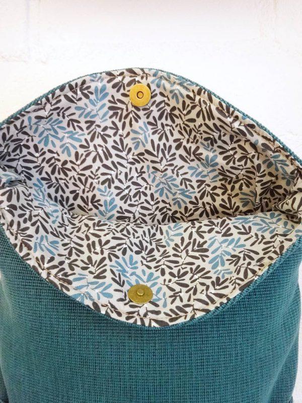 Detalle forro interior mochila reciclada Numon