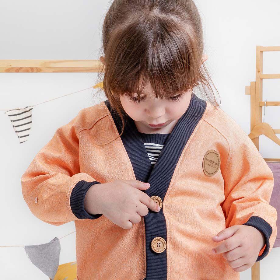 Cardigan infantil de algodón reciclado educación montessori