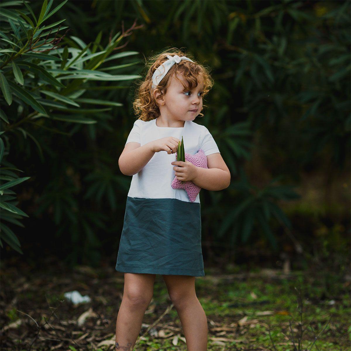 Vestido infantil bicolor de algodón orgánico