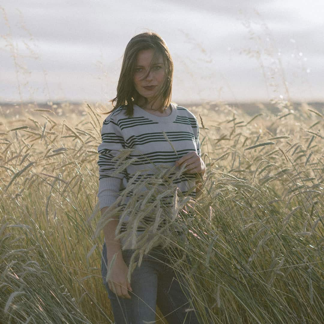 Suéter de rayas horizontales para mujer