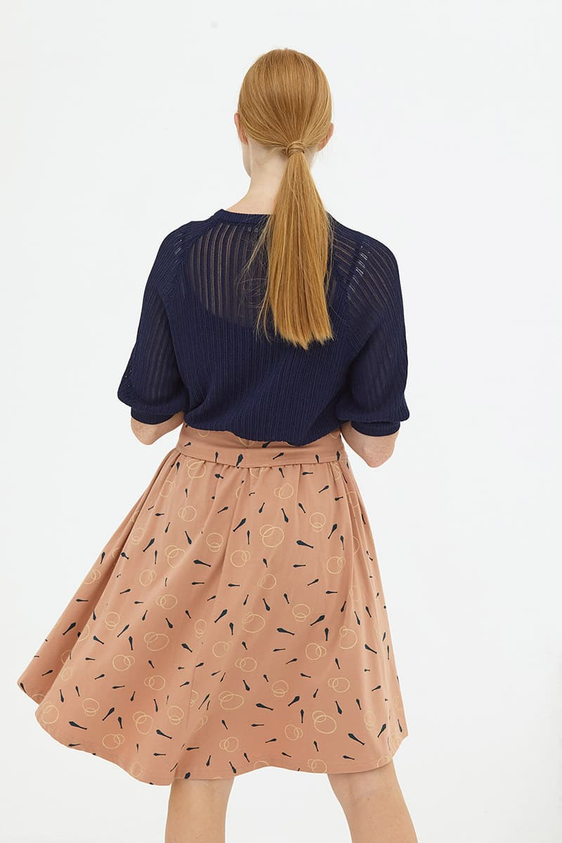 Parte de atrás falda media capa rosa palo algodón orgánico
