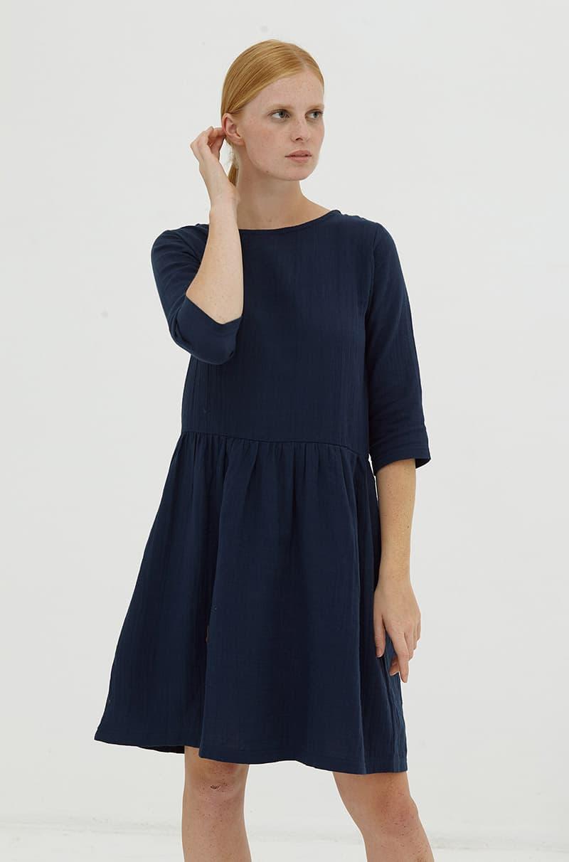 Vestido azul marino de algodón orgánico