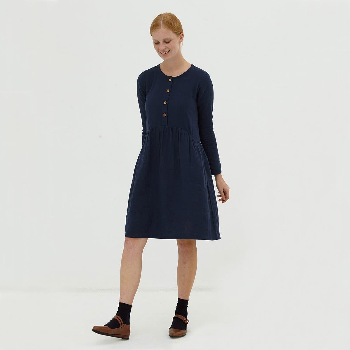 Vestido oversize manga larga azul marino algodón orgánico