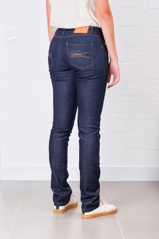 Jeans slim fit mujer indigo oscuro ecológicos trasera