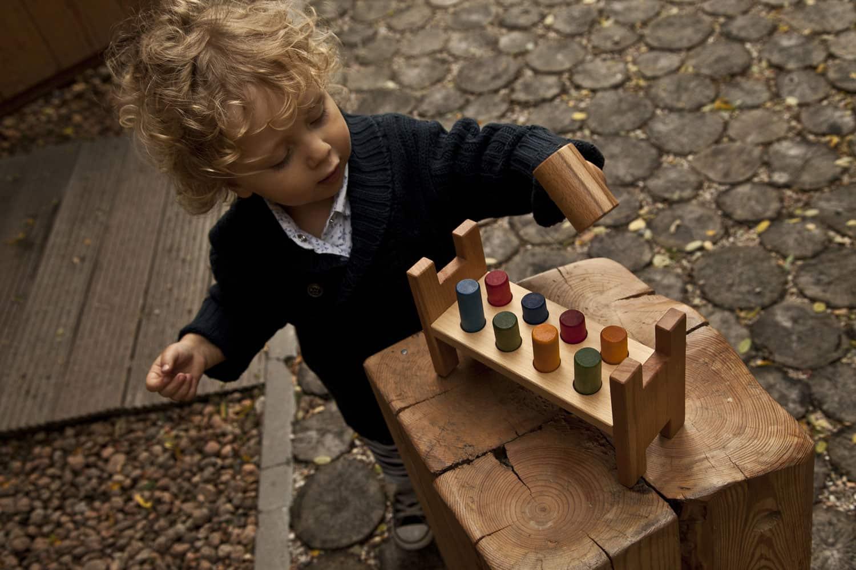 Juego del martillo para niños