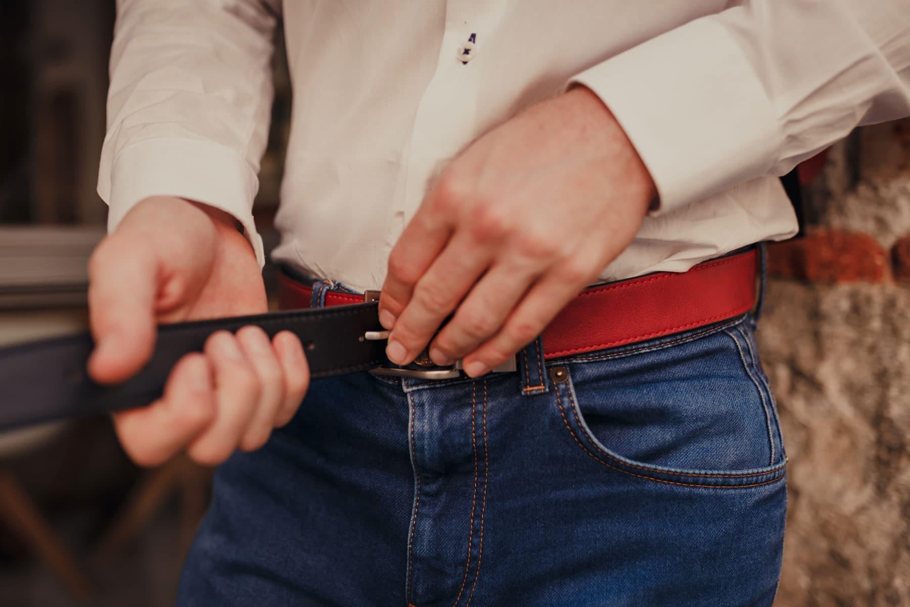Cinturón reversible rojo y negro