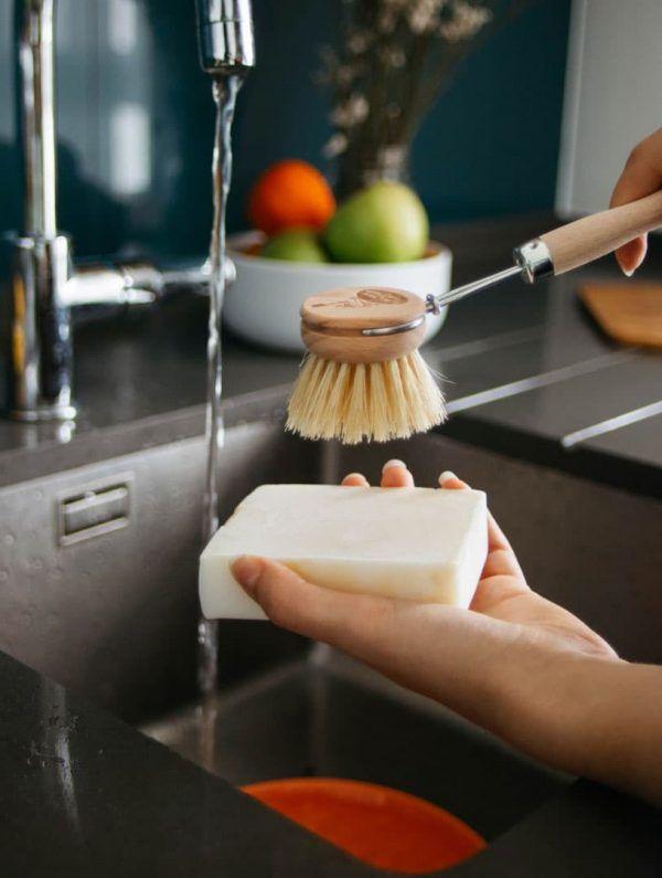 Lavavajillas sólido para fregar platos