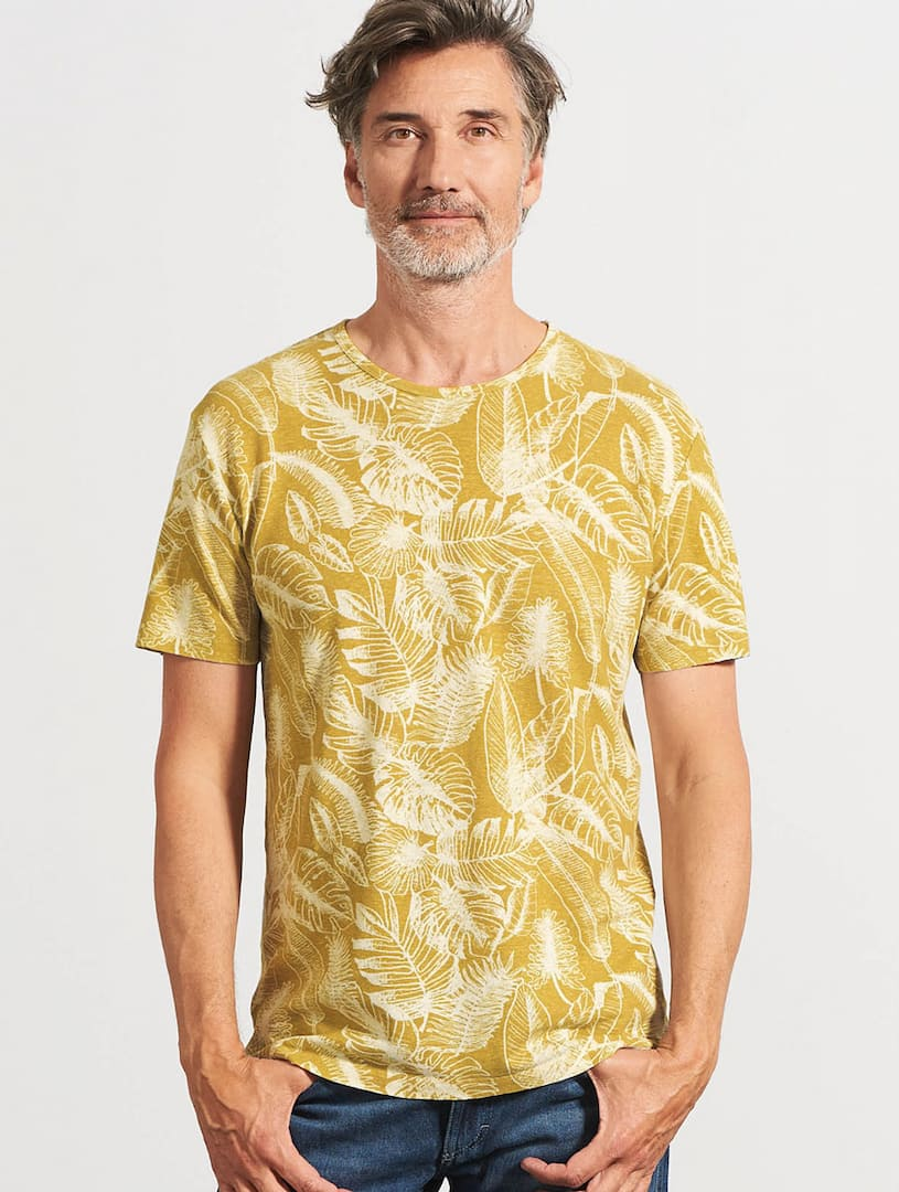 Camiseta ecológica hombre estampado hojas mostaza