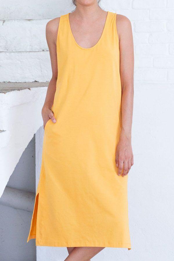 Detalle vestido midi amarillo algodón orgánico