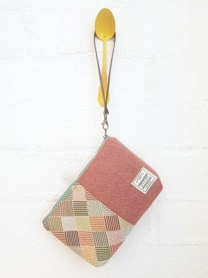 Bolso mano tapicerías combinadas rosa-rombos