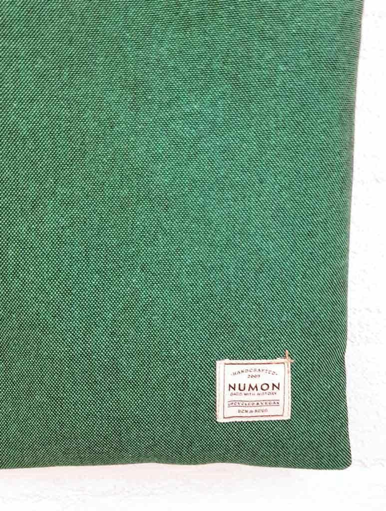 Detalle tela verde bolso tote reciclado numon