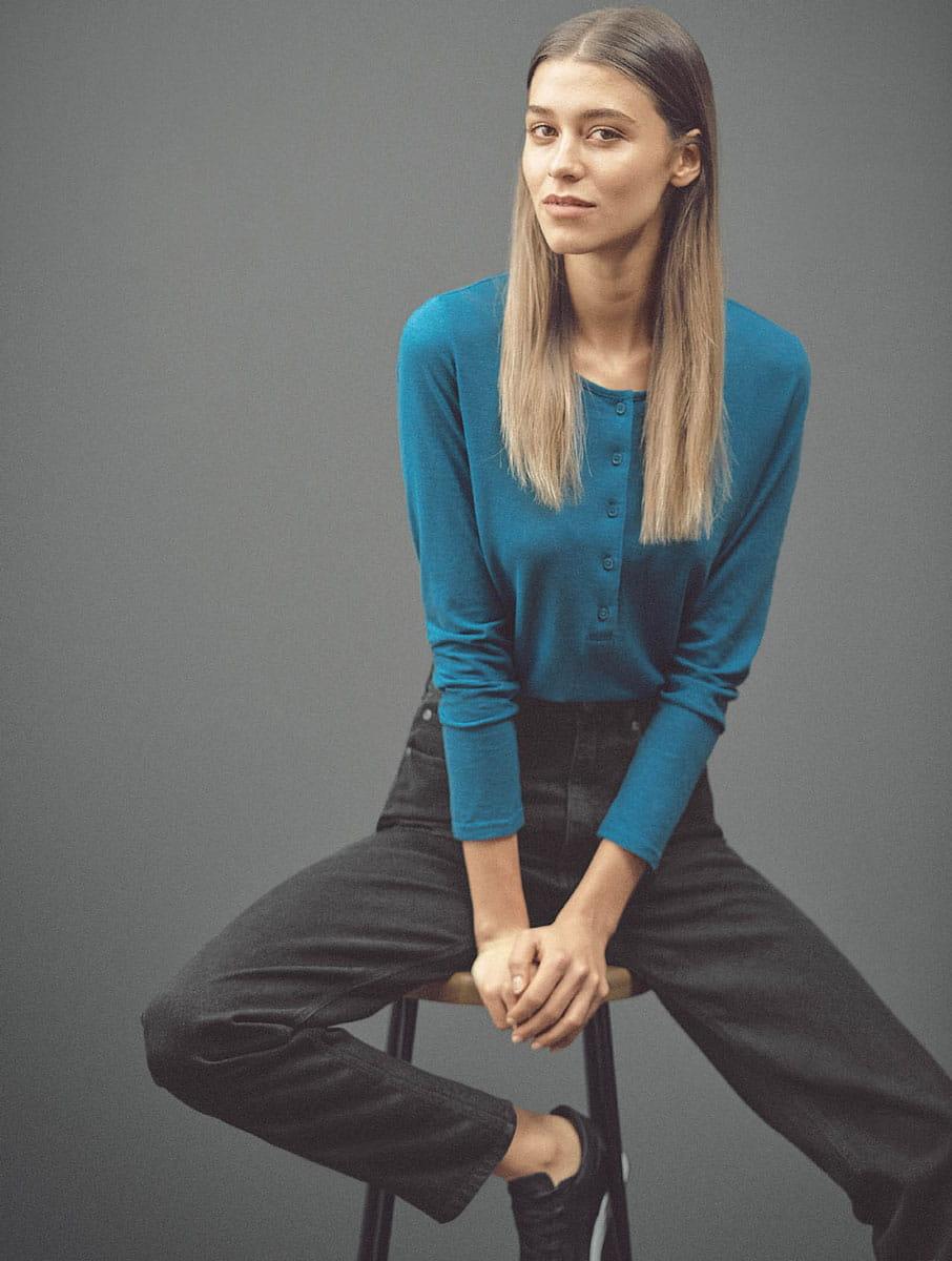 Camiseta manga larga mujer con botones 100% ecológica