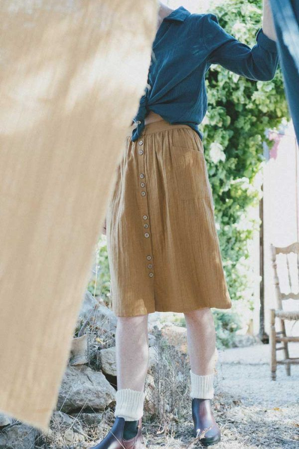 Falda ecológica color mostaza tiralahilacha