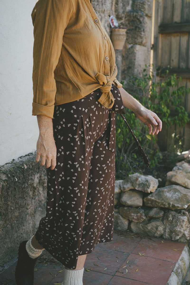 Pantalón culotte marrón ecológico