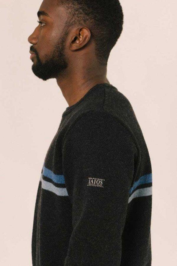 Perfil jersey negro hombre sostenible