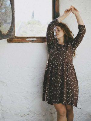 Vestido oversize marrón bellotas algodón orgánico