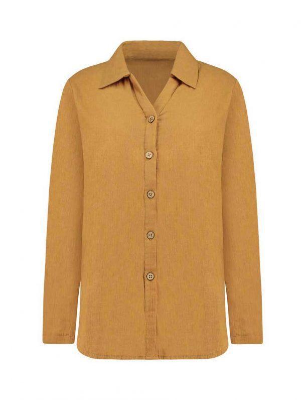Vista frontal camisa mujer color mostaza de algodón orgánico