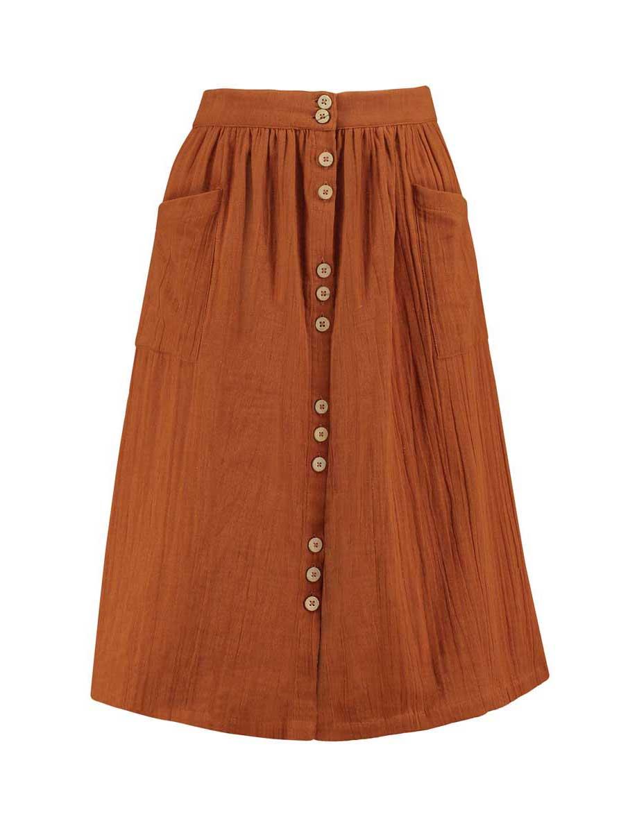 Vista frontal falda con botones color teja de algodón orgánico