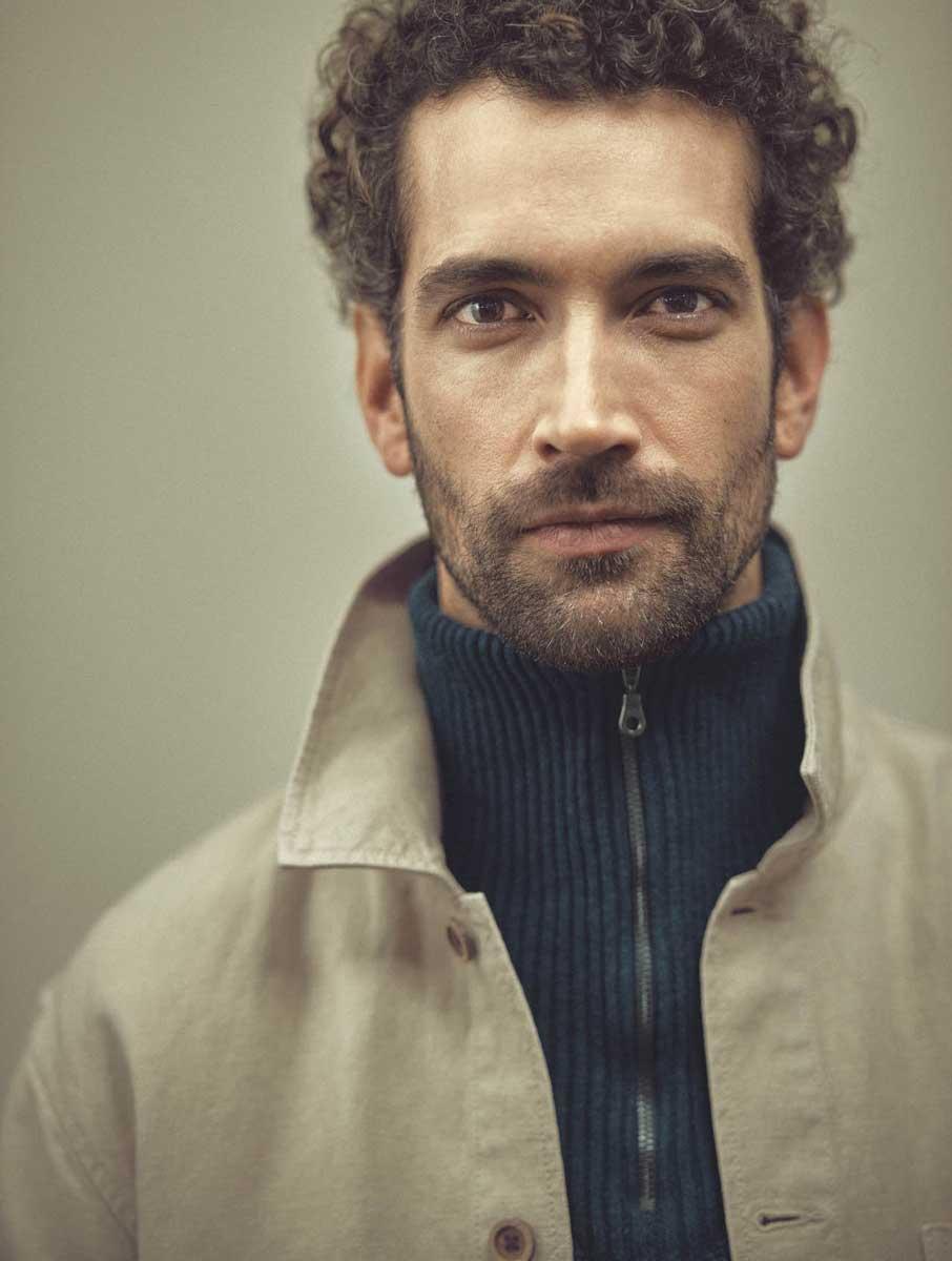 Hombre con chaqueta ecológica Hempage